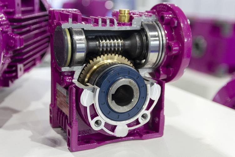 Quel réducteur de vitesse pour votre moteur électrique ?